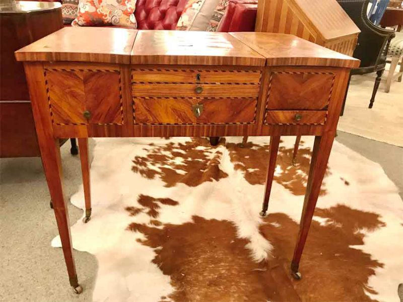 18th Century Italian Vanity Table